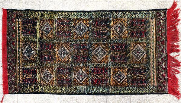 Tappeto afgano, cm 145 x 75.