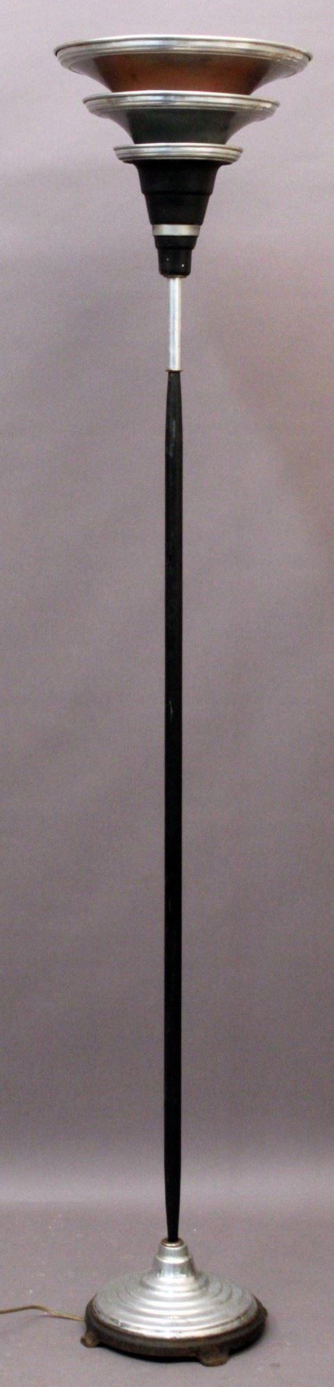 Lampada da terra in metallo, Anni '70, H 166 cm.