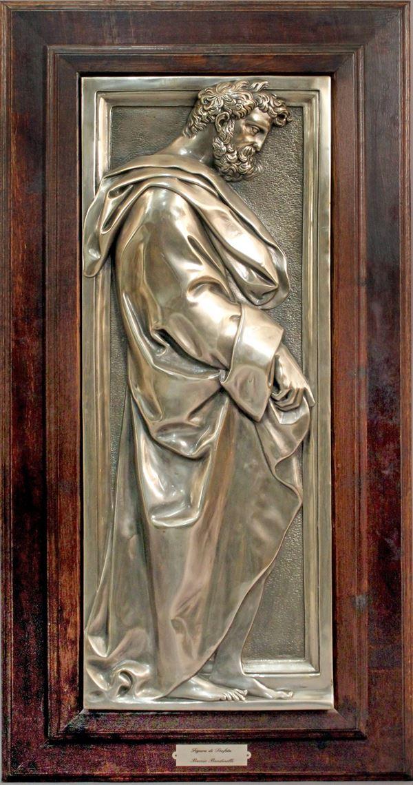 Da Baccio Bandinelli, Figura di profeta, lastra in argento sbalzato e cesellato, cm. 93x35,5, XX sec, entro cornice.