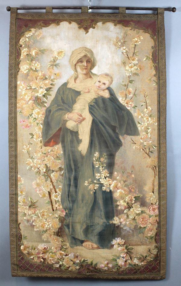 Arazzo a succo d'erba raffigurante Madonna della Primavera, cm. 185x82, inizi XX secolo.