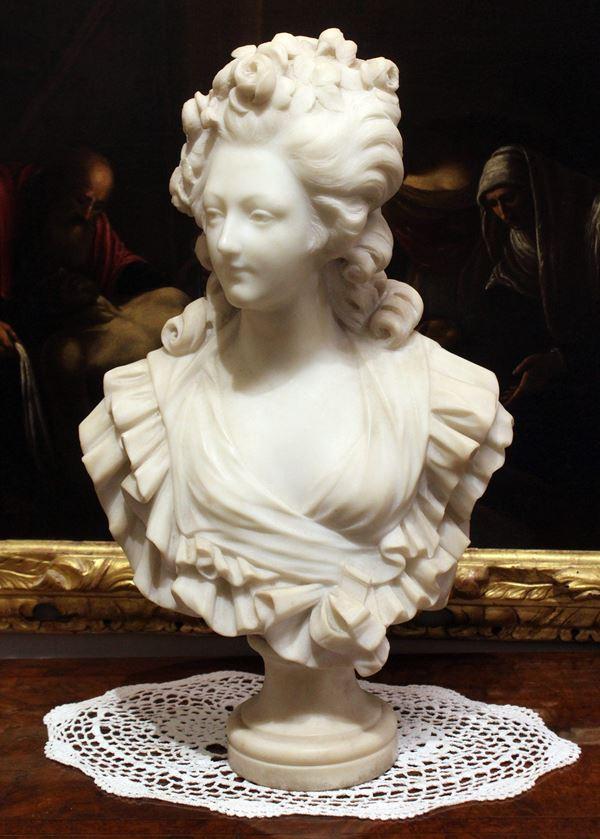 Busto di Maria Antonietta in marmo bianco statuario, altezza cm 56, XX secolo.